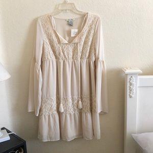 NWT cream lace dress